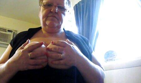 Yesenia jugando faking maduritas en la webcam