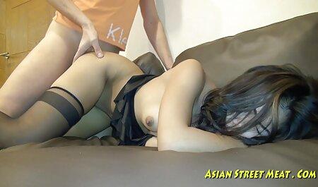MILF trabajadora se desnuda y juega en la ducha - fakings intercambio parejas Vends-ta-culotte