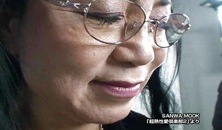 Sexóloga cuida a la bella pero maltratada Lilu Moon faking españolas