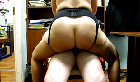 Linda hermanastra atrapada en la ventana ver porno gratis faking follada por hermanastro en pov