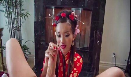 La puta faking maduritas anal Abella Danger tiene sexo en un trío interracial